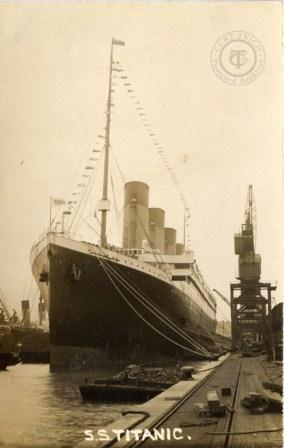 Titanic leaves Southampton